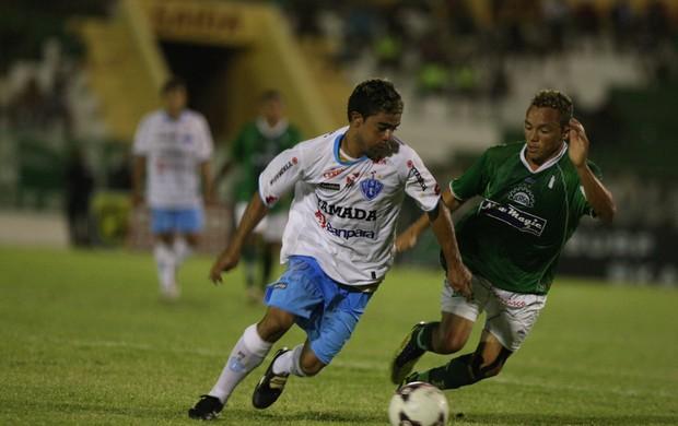 Papão sofreu com dois jogadores a menos (Foto: Normando Sóracles/Miseria.com.br)