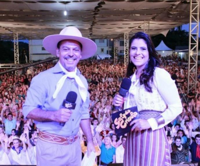 Neto Fagundes e Shana Müller no Galpão Crioulo em Barão de Cotegipe (Foto: Daniel Bittencourt/RBS TV)