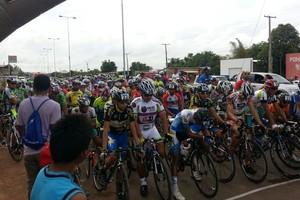 Venezuelano Jhorman Cañas vence o 7º Desafio Internacional de Ciclismo no Tepequém (Foto: Divulgação/FCR)