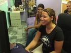 Cubanos recebem 'delivery de internet' para burlar restrições