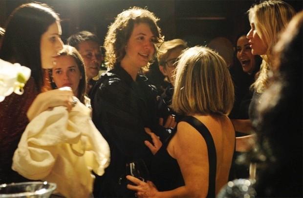 Lucas Jagger bate papo em lançamento de perfume de Gimenez (Foto: Samuel Chaves/Brazil News)