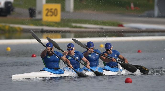Equipe brasileira medalha de prata na canoagem de velocidade (Foto: Tom Szczerbowski-USA TODAY Sports)