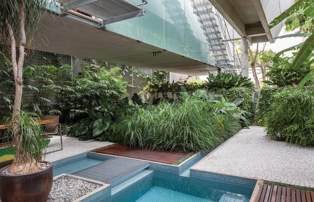 A casa de praia de Gloria Kalil em São Paulo (Foto: Tuca Reines/Arquivo Vogue )
