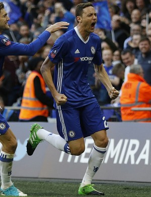 gol do matic, chelsea x tottenham (Foto: Reuters / Peter Nicholls)