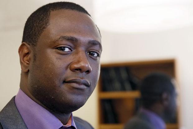Souleymane, o homem que foi vítima de atos de racismo por parte de torcedores do Chelsea (Foto: Patrick Kovarik/AFP)