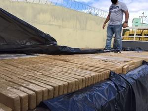 Em setembro de 2015, polícia interceptou carregamento da quadrilha em Pernambuco (Foto: PF/Divulgação)