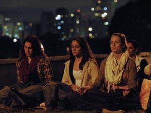 Meditação coletiva foi realizada neste sábado em 12 cidades brasileiras (Foto: Fundação Arte de Viver/ Divulgação)