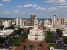 Mais de 86 mil eleitores votam neste domingo em Apucarana, no norte
