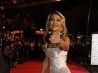 Sabrina Sato vai com vestido transparente a festival de cinema