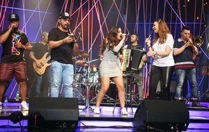 Sucesso de Anitta se transforma em versão com Aviões do Forró