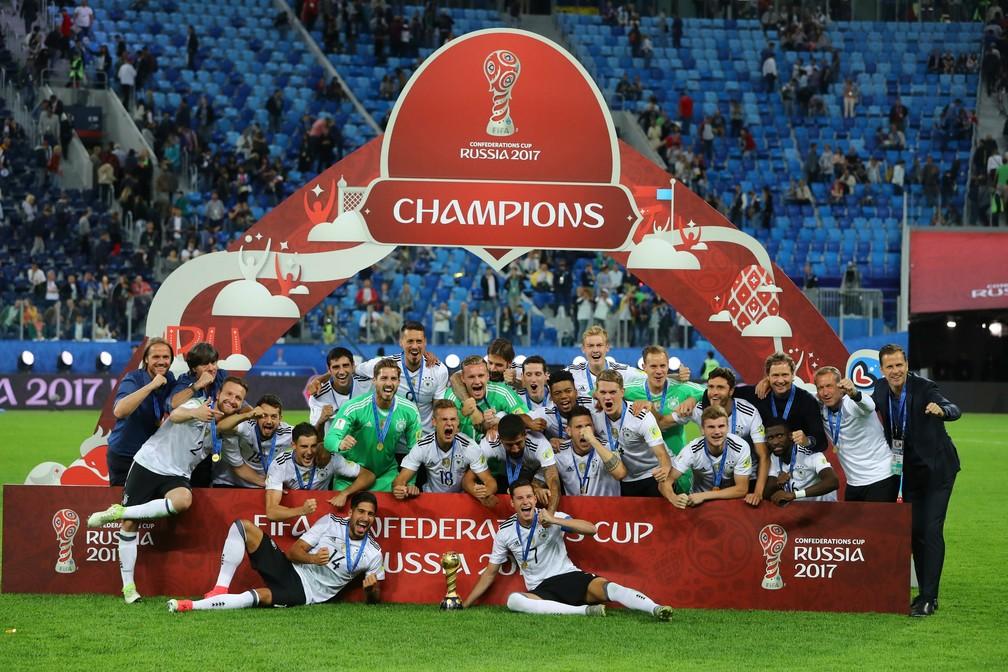 Alemanha comemora titulo da Copa das Confderações (Foto: Reuters)