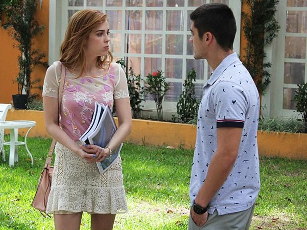 Gustavo pergunta se Gaby ficou com ciúmes e ela admite que sim (Foto: Rodrigo Dau/Gshow)