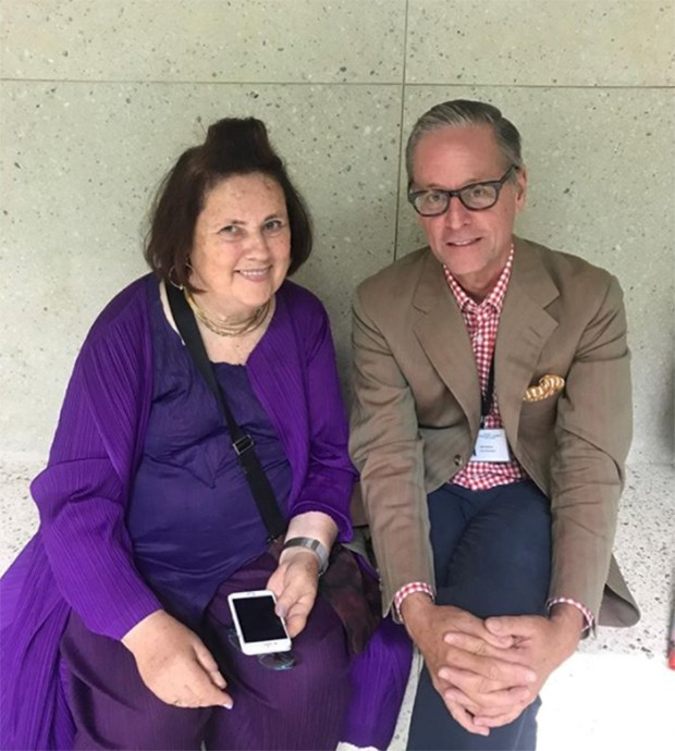 Talking to Madison Cox who has taken over the Marrakech museum after the death of his partner Pierre Berge (Foto: @suzymenkesvogue)