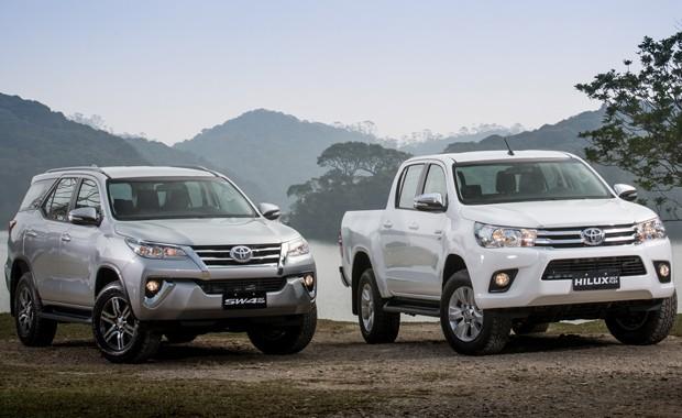 Toyota Hilux e SW4 2017 Flex (Foto: Divulgação)