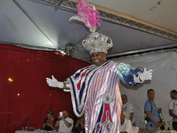 Ivan Donizeti Fernandes, de 31 anos, é o Rei Momo deste carnaval em Poços de Caldas (MG) (Foto: Lúcia Ribeiro/G1)