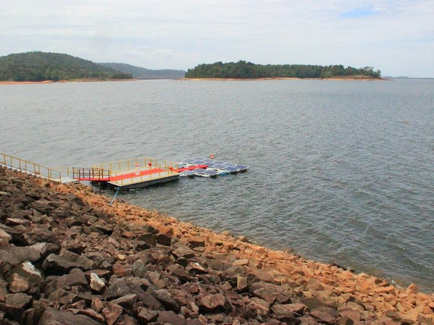 Usina solar flutuante será construída no lago da hidrelétrica de Balbina (Foto: Ive Rylo / G1 AM)