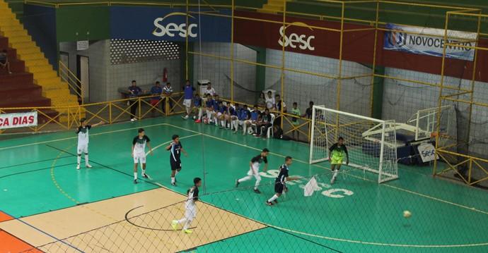 Colégio Auxiliadora estreou com vitória contra o EREM Pacífico da Luz, pelo sub-17 (Foto: Amanda Lima)