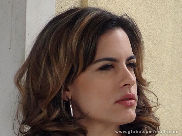 Luciana vai ao colégio de Giovana e tem reunião com a coordenadora (Foto: Malhação / TV Globo)
