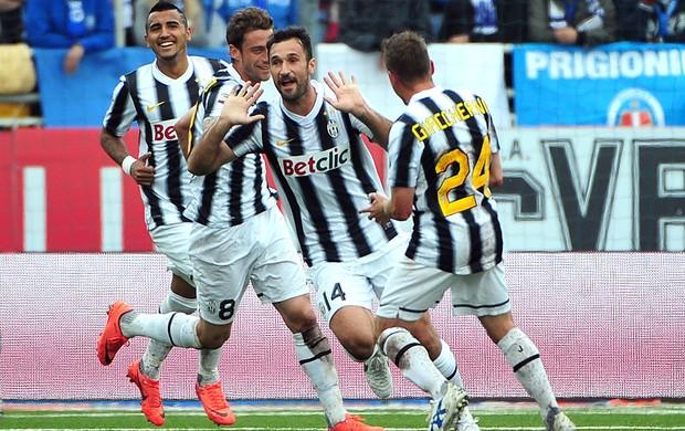 Vucinic, Novara x Juventus (Foto: AFP)
