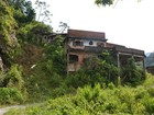 Projeto retira famílias de área de risco em Petrópolis, RJ, com indenizações