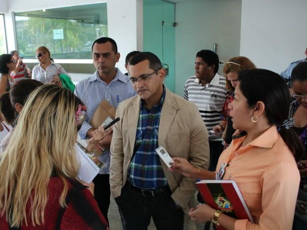 Presidente do Sinteam, Marcus Libório, cobra audiência com governador (Foto: Girlene Medeiros/G1 AM)