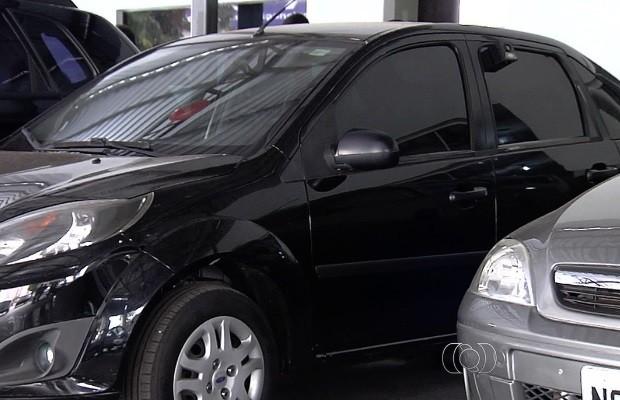 Juiz libera transferência de veículos a usuários com dívidas no Detran-Goiás (Foto: Reprodução/TV Anhanguera)