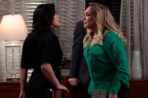 Vanessa Giácomo e Susana Vieira em cena de 'Amor à vida' (Foto: Divulgação/TV Globo)