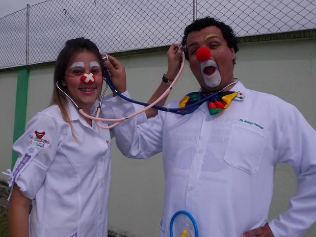 Depois de perder filha com câncer, casal se dedica ao voluntariado em Mogi. (Foto: Arquivo Pessoal)