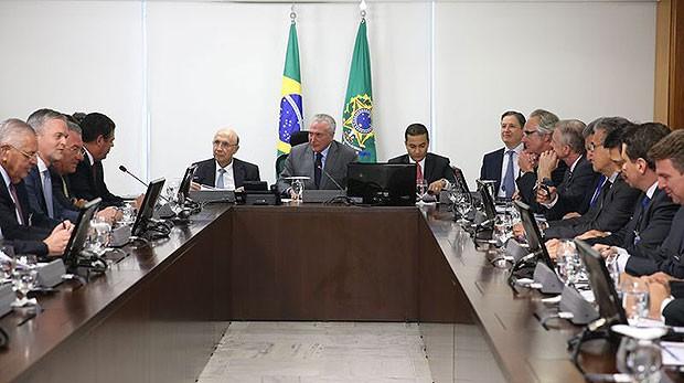 Presidente Michel Temer se reúne com os diretores da Anfavea no Palácio do Planalto (Foto: Valter Campanato/Agência Brasil)