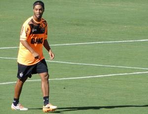 Ronaldinho Gaúcho Treino Atlético-MG (Foto: Mauricio Paulucci)