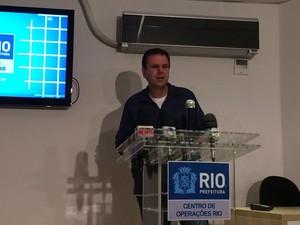 Eduardo Paes durante coletiva de imprensa sobre queda de ciclovia (Foto: Henrique Coelho/G1)