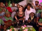 Cantora Beth Carvalho comemora aniversário de 70 anos