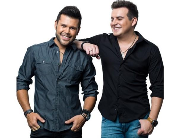 Marcos & Belutti gravaram a música mais tocada nas rádios do Brasil em 2014, 'Domingo de manhã' (Foto: Divulgação / Fernando Hiro)