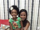 Anitta chega de surpresa em festa de filha de Rafael Zulu