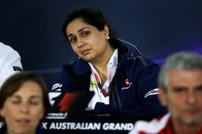Monisha Kaltenborn diz que a equipe percebe a pressão em cima do brasileiro (Foto: Getty Images)