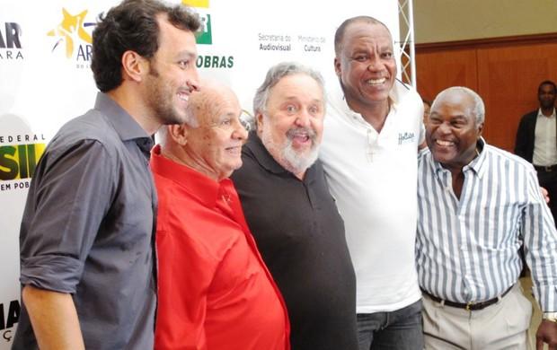 Edu Dracena Pepe Luis Álvaro Oliveira Ribeiro Laor Serginho Chulapa Edu (Foto: Lincoln Chaves / Globoesporte.com)