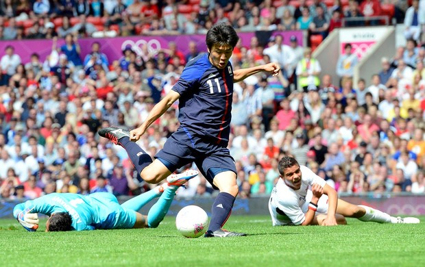 Kensuke Nagai jap&#227;o Egito futebol londres 2012 (Foto: Ag&#234;ncia Reuters)
