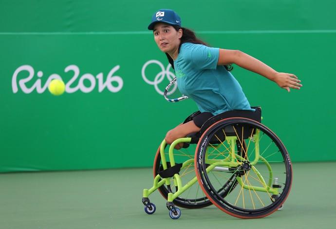 tênis em cadeira Natália Mayara (Foto: Cezar Loureiro / MPIX / CPB)