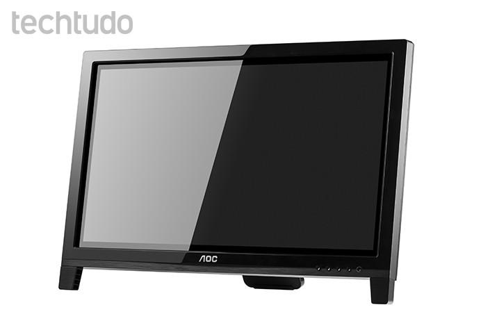 Novo monitor de um toque da AOC permite movimento de pinça (Foto: Divulgação/AOC)