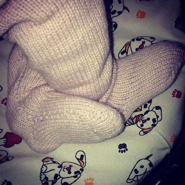 Pé da filha de Xuxa, Brenda (Foto: Instagram / Reprodução)