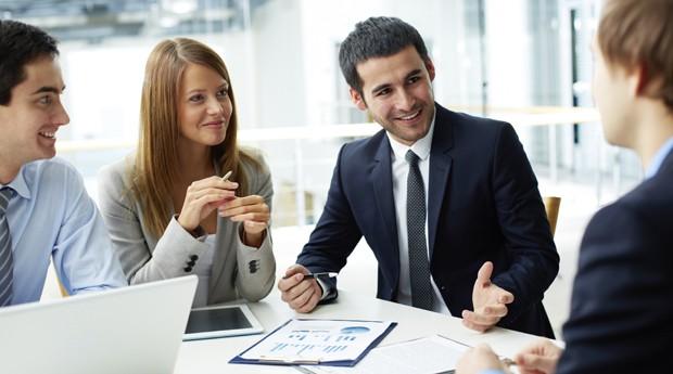 empresário, empreendedor, reunião, confiança,  (Foto: ThinkStock)