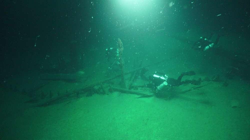 Fotografias foram tiradas com tecnologia ROV  (Foto: Black Sea MAP)