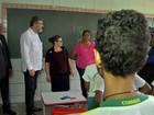 Ministro visita bairros e escola em MT em mobilização contra Aedes aegypti