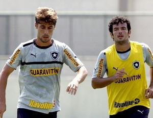 Fellype Gabriel no treino do Botafogo (Foto: Marcos Trisão / Ag. O Globo)