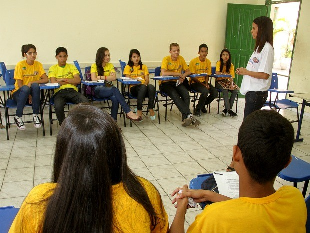 Curso de idiomas abre mais de 1.100 vagas  e alunos de destaque poderão participar de intercâmbio no Canadá (Foto: Divulgação/Seduc)