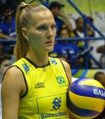 Mari Steinbrecher, vôlei, Bauru (Foto: CBV/FIVB)