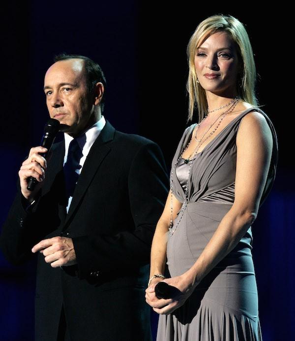 O ator Kevin Spacey com a atriz Uma Thurman durante a apresentação do Prêmio Nobel da Paz em 2007 (Foto: Getty Images)