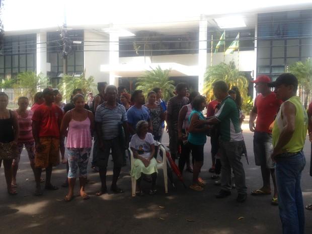 Macapá, Amapá, Moradores, perpétuo socorro, incêndio, protesto, (Foto: Fabiana Figueiredo/G1)