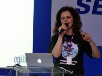 'O e-mail é valioso', alertou Lucimara Desiderá (Foto: Priscila Miranda / G1)