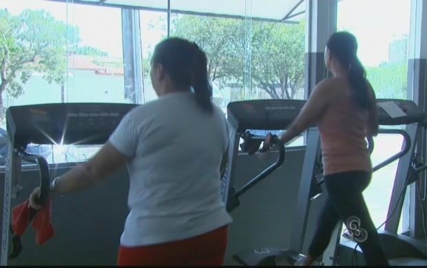 Exercício físico é uma das orientação dadas pela nutricionista (Foto: Roraima TV)